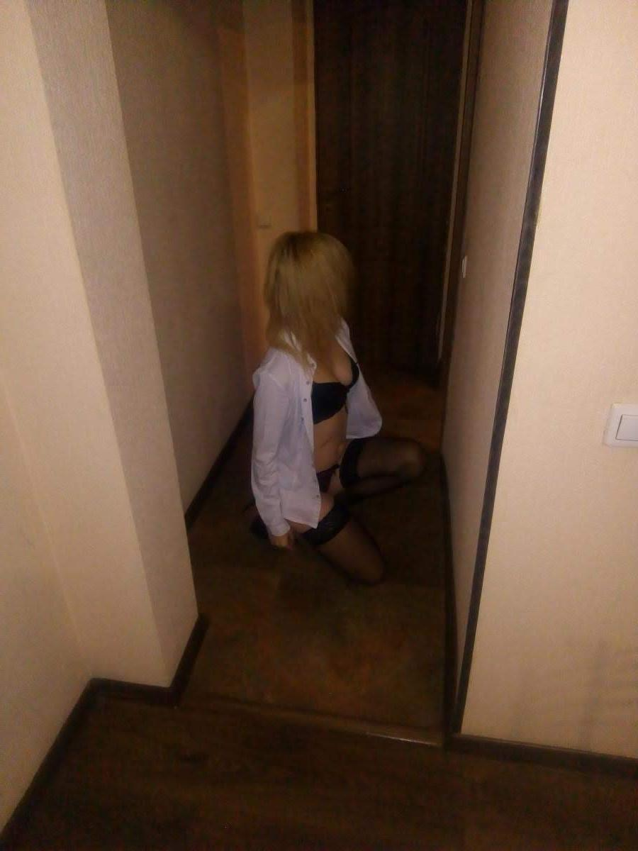 Индивидуалка Ксюня, 23 года, метро Варшавская